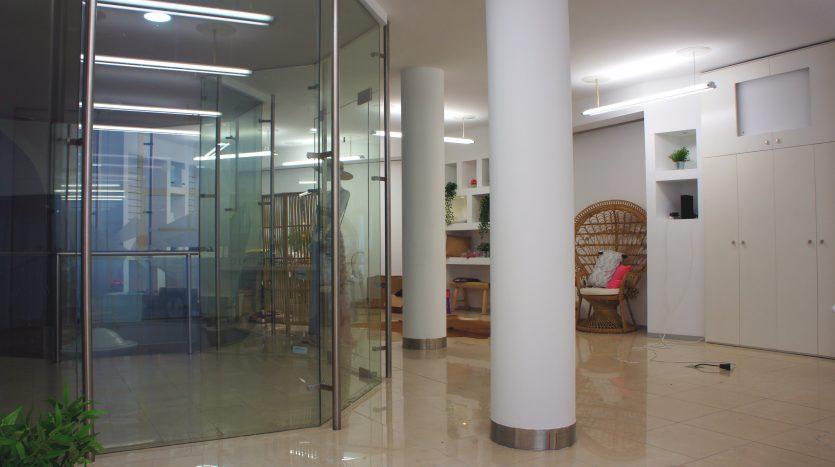 Loja disponível no centro histórico de Braga na Galeria de Janes